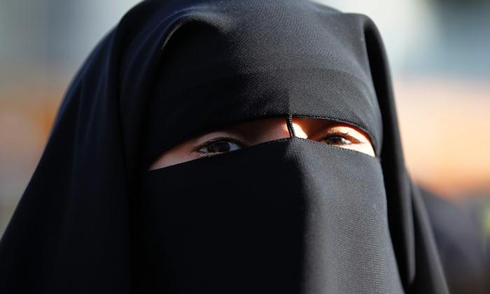 arabskie hidżab filmy erotyczne xxx squirting sex