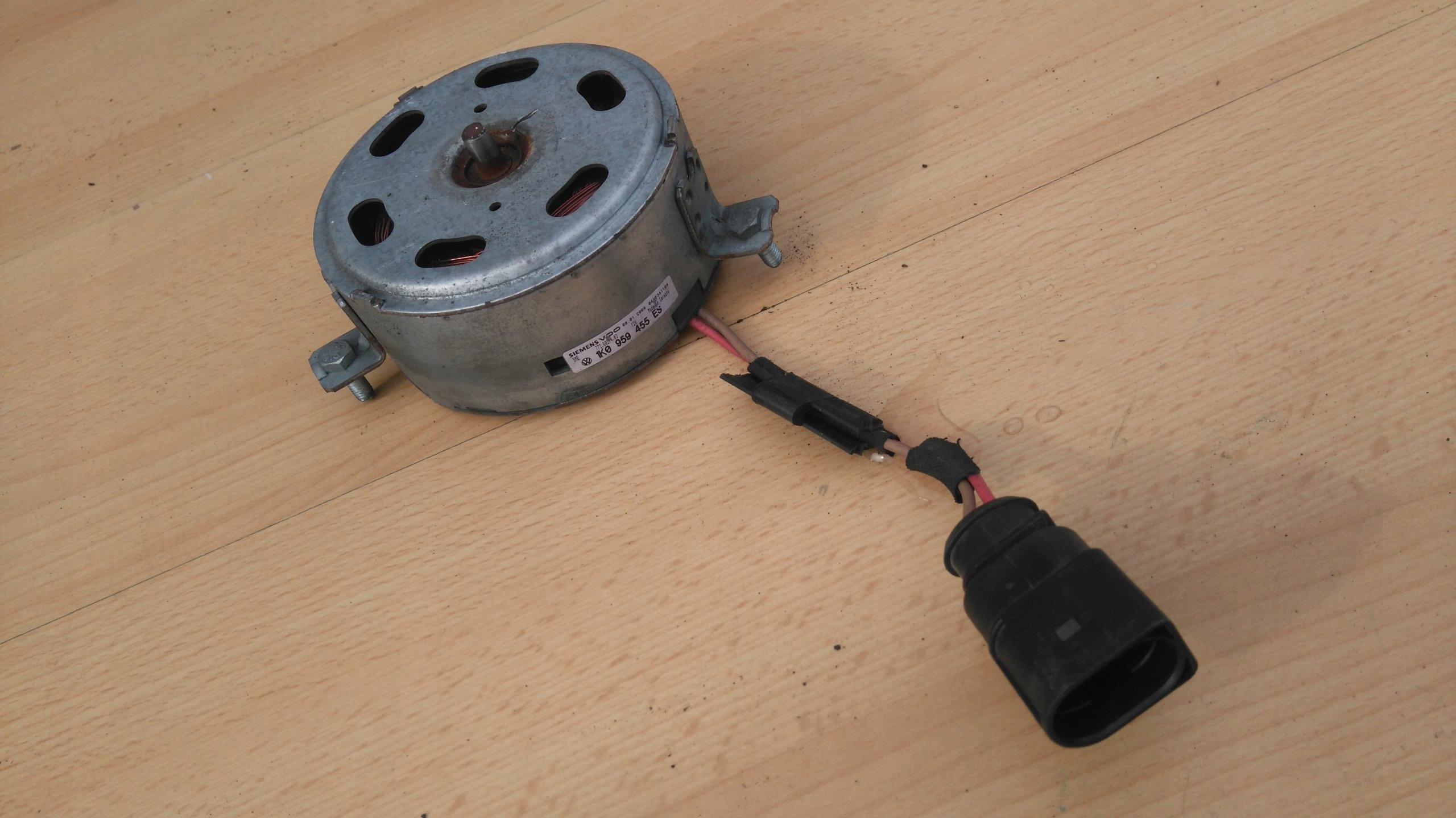 двигатель вентилятора радиатора vw гольф v 5 14