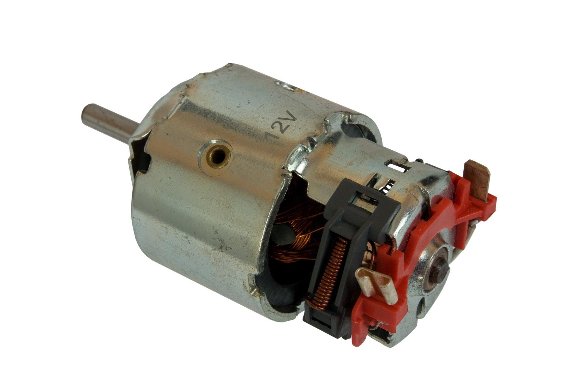 двигатель воздуходувки mercedes bus t1 207 310 'утка'