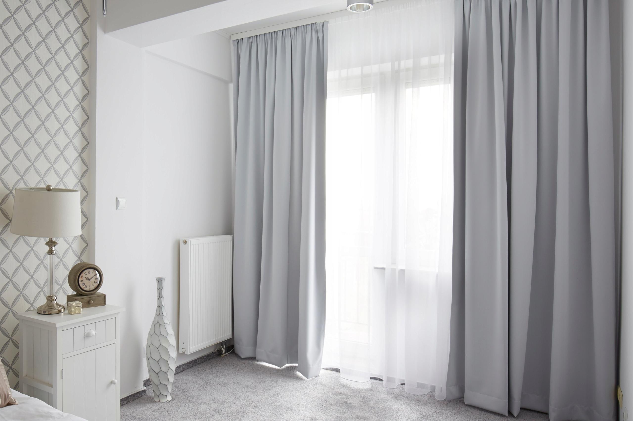 картинки серые обои и шторы корректные