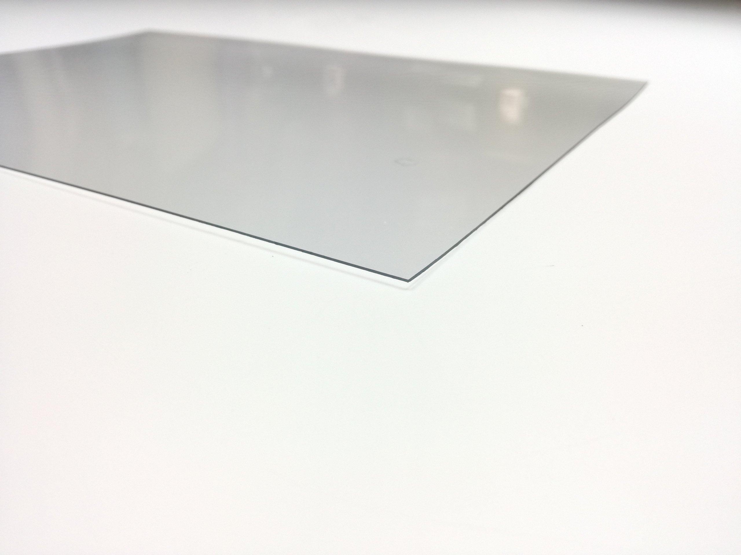 1 mm polykarbonát malý 125x205cm bezfarebný
