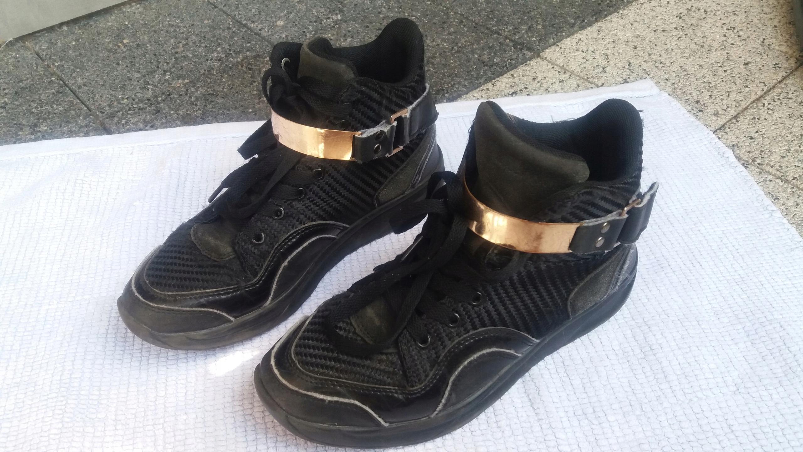 Nike air max 90 +gratis Cropp r.42,5, wkładka 27cm