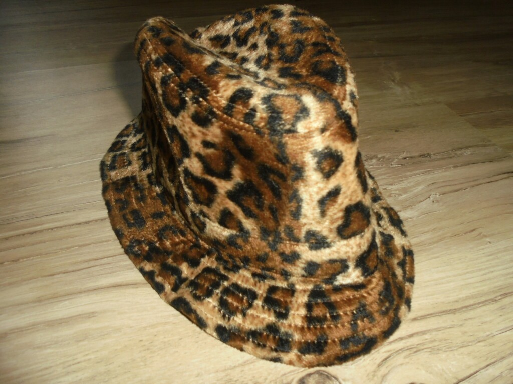 Elegancki kapelusz Panterka River Island