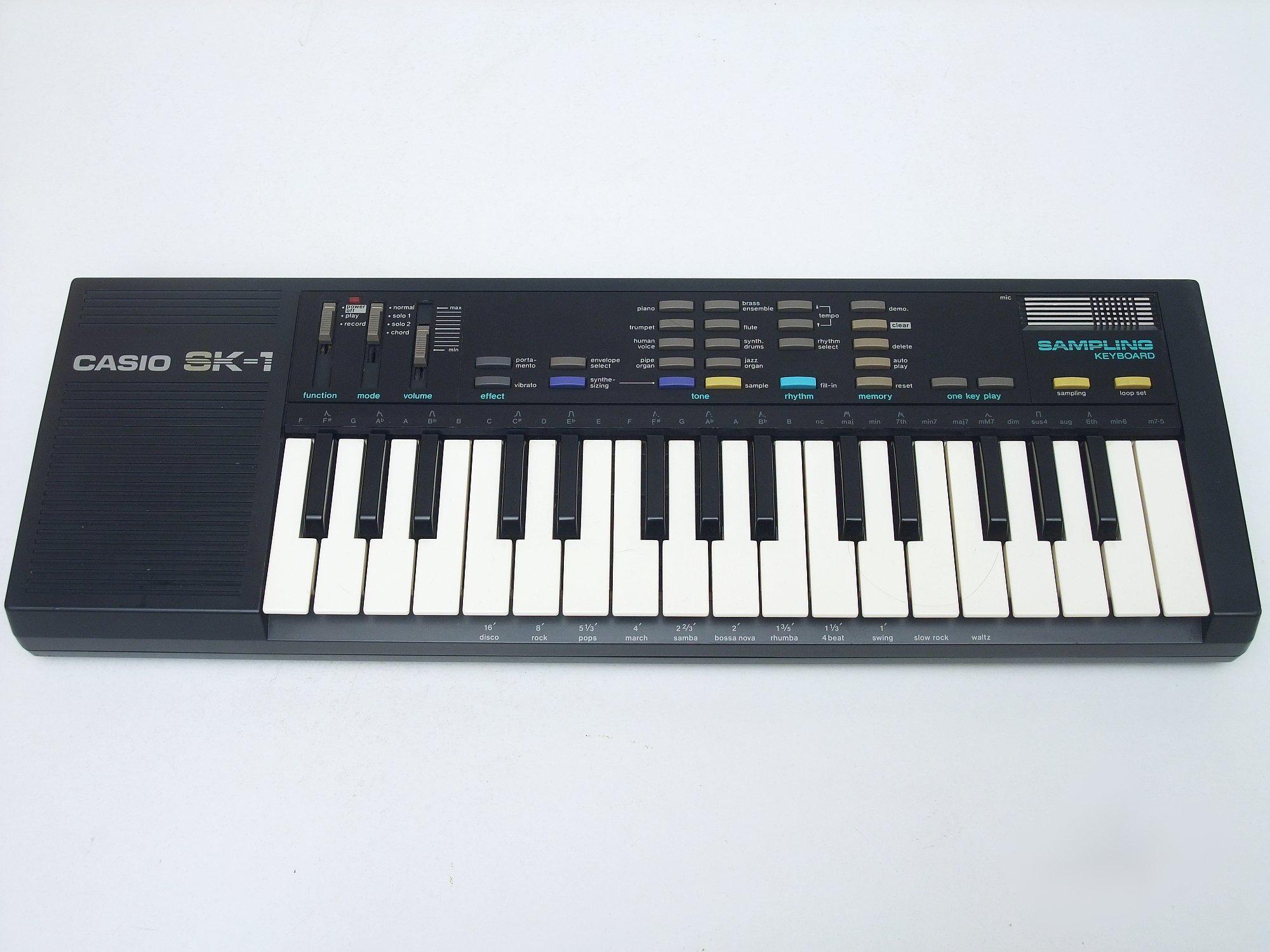 CASIO SK-1 Sampling Keyboard lo-fi sampler
