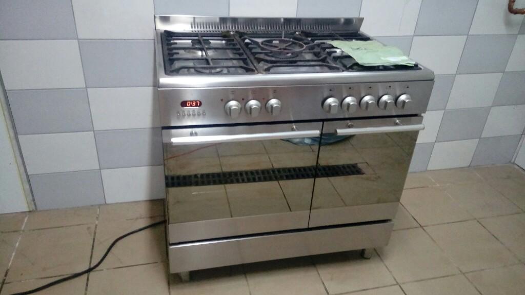 Kuchnia Gazowa Elektryczna 5 Palnikow 90 Cm Gastro