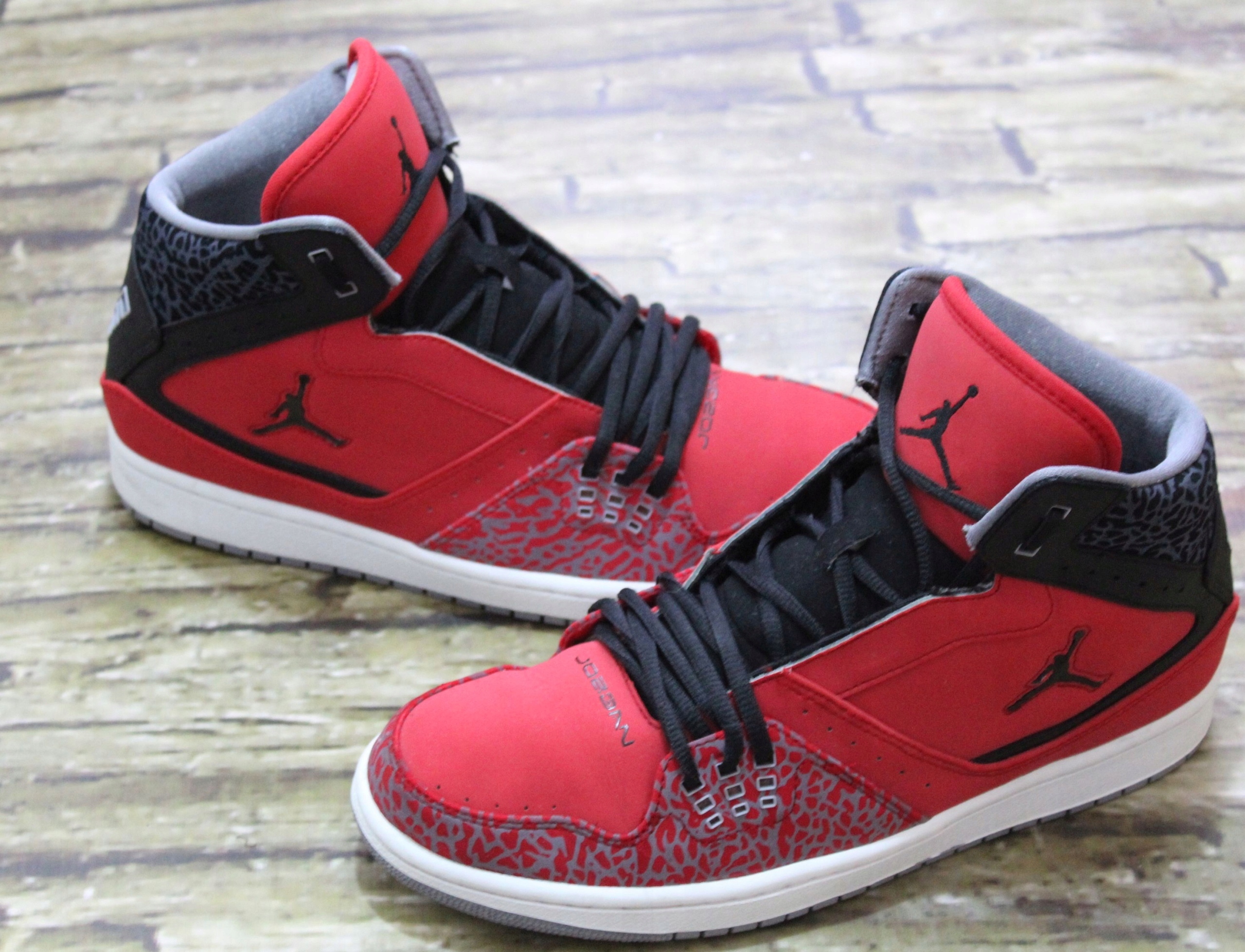 on sale dca3a 93130 NIKE AIR JORDAN 1 FLIGHT FIRE RED BLACK CEMENT 44