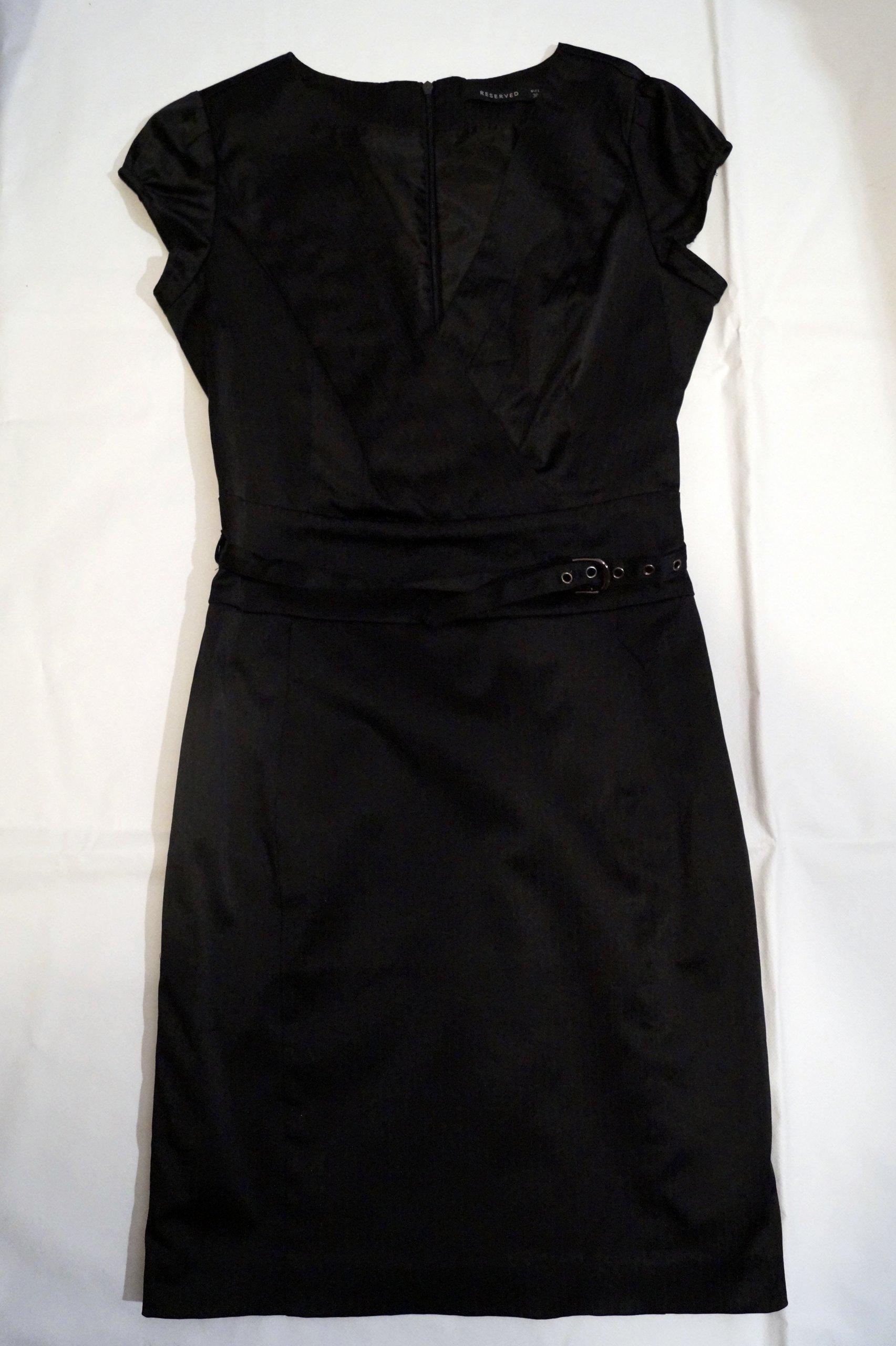 07c40d701d Sukienka Reserved