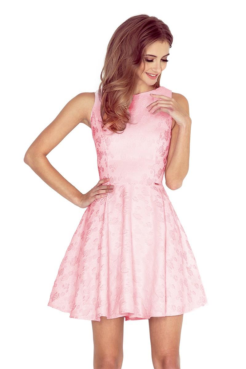 219f647582 Żakardowa sukienka z dekoltem łódka - w róże - Pas - 7099081523 ...