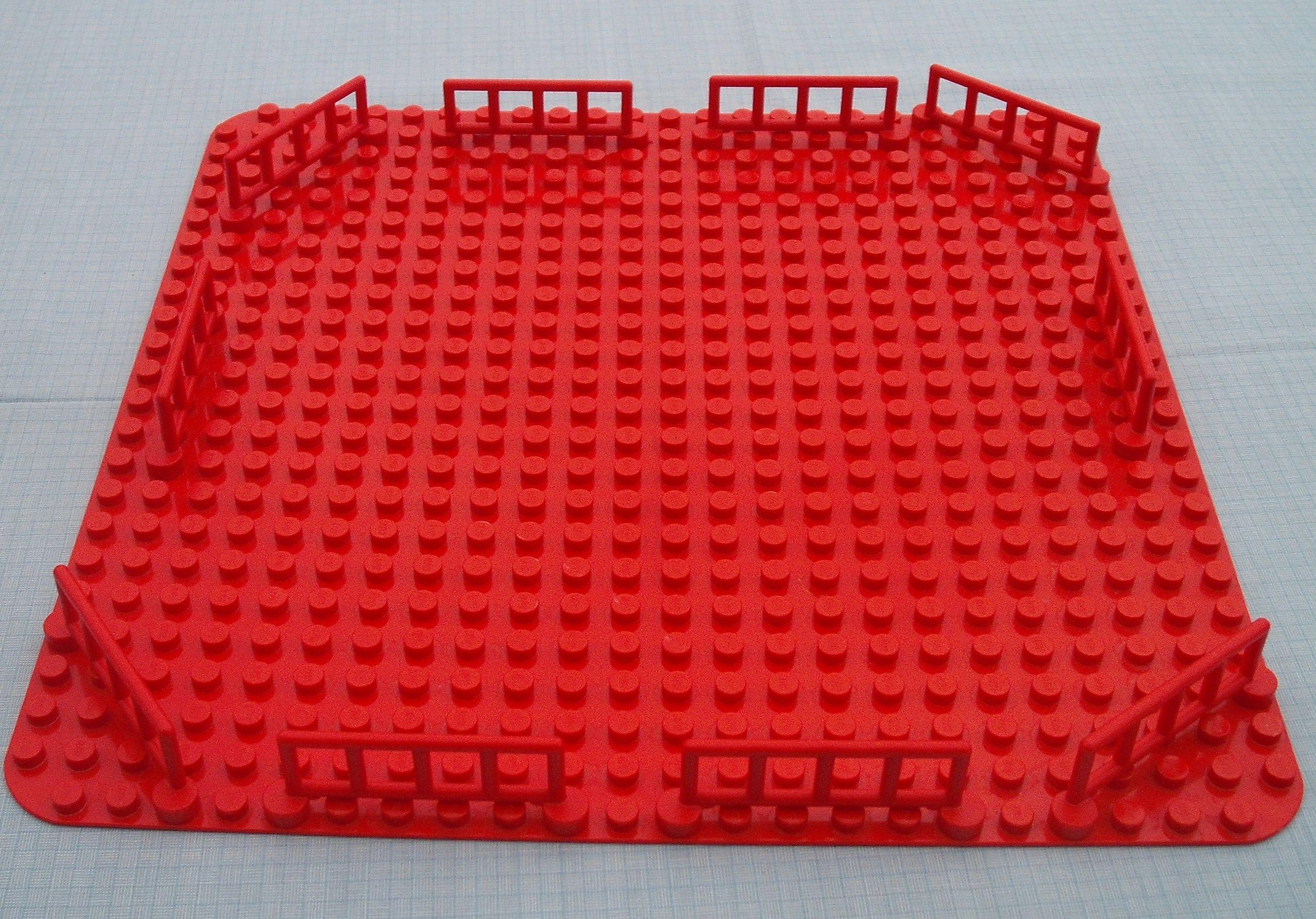 LEGO DUPLO --plytka budowlana czerwona duza 36 x36
