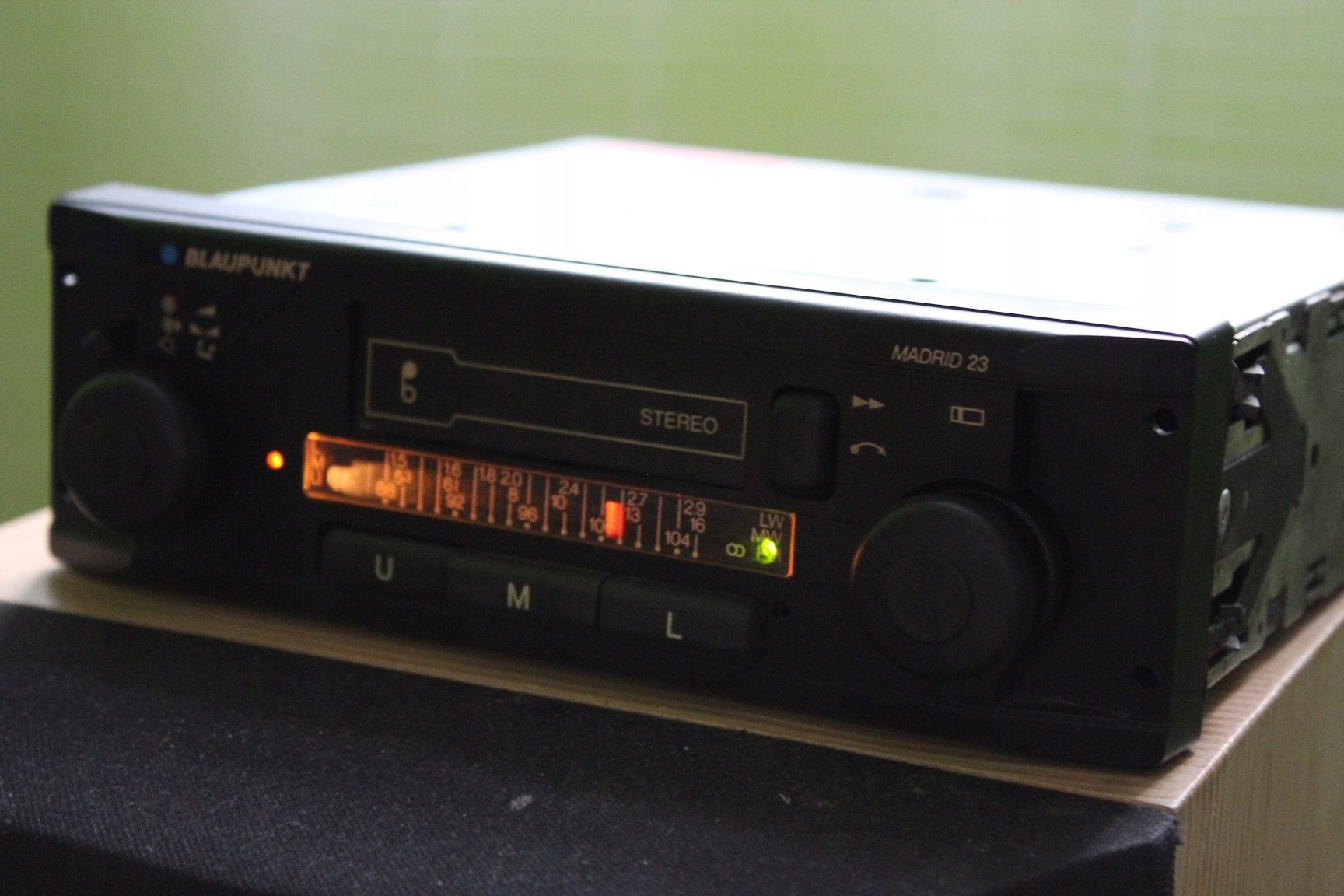 Stare radio samochodowe BLAUPUNKT MADRID 23