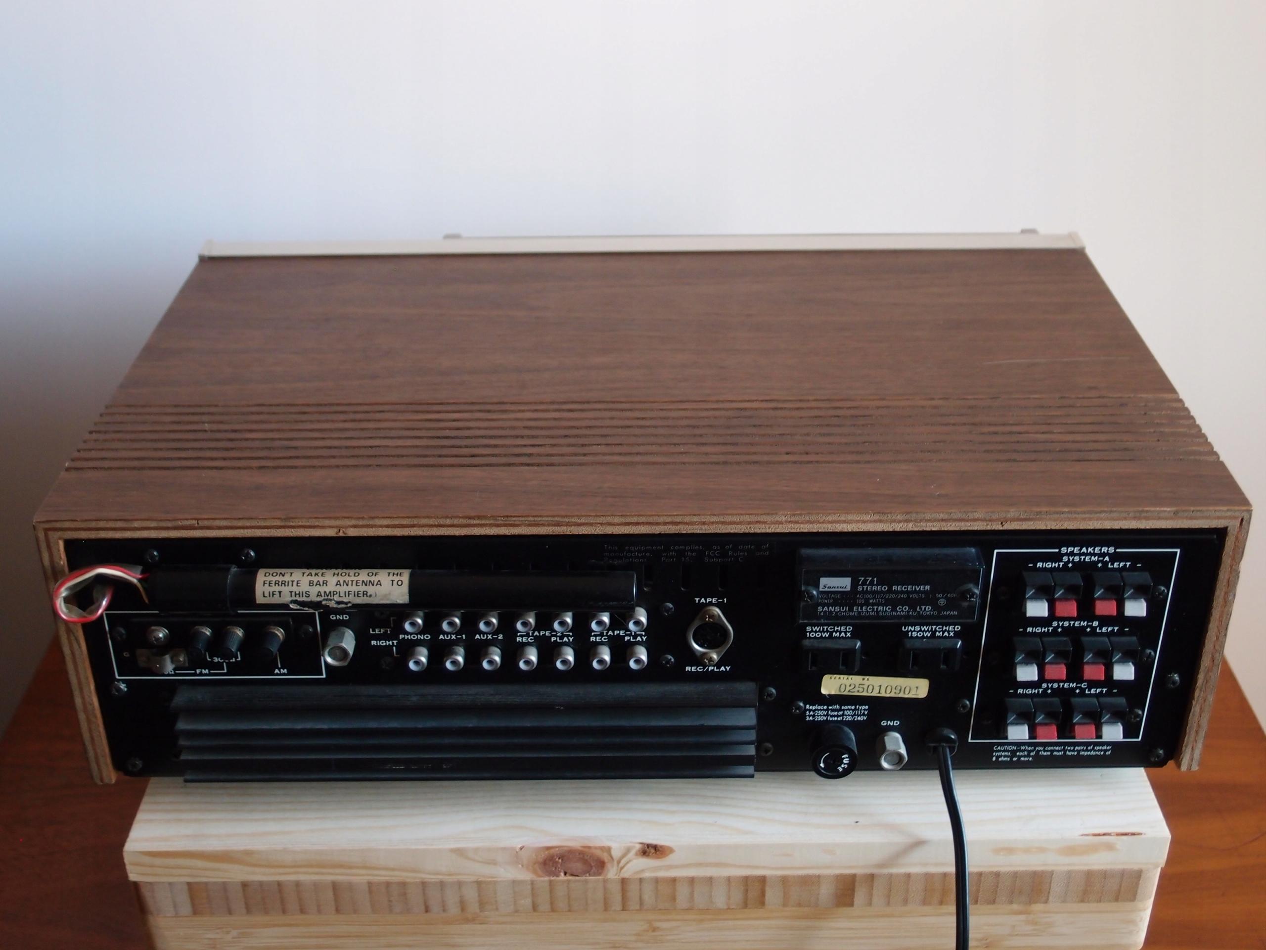 Sansui 771 AM/FM Stereo Receiver - 7616008748 - oficjalne archiwum