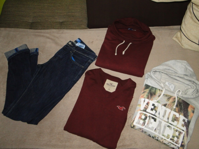 Zestaw odzieży męskiej ciuchy spodnie bluza sweter