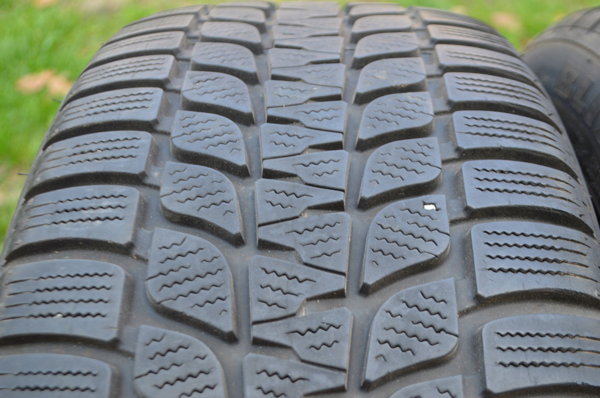 2255017 Bridgestone Blizzak Lm25 Opony Zimowe 17 7693078839