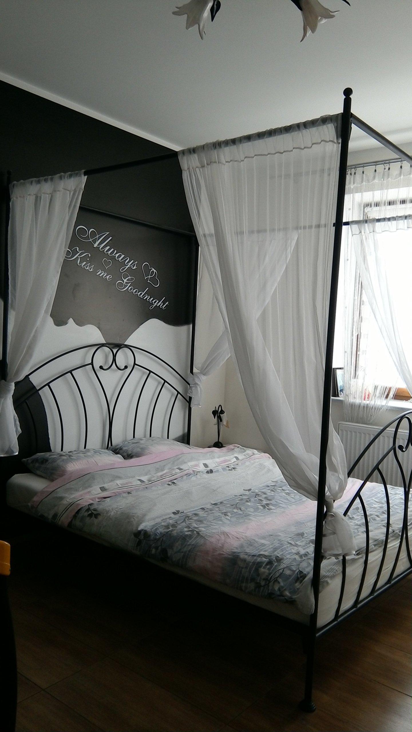 łóżko Do Sypialni Z Baldachimem 160 X 200 Czarne
