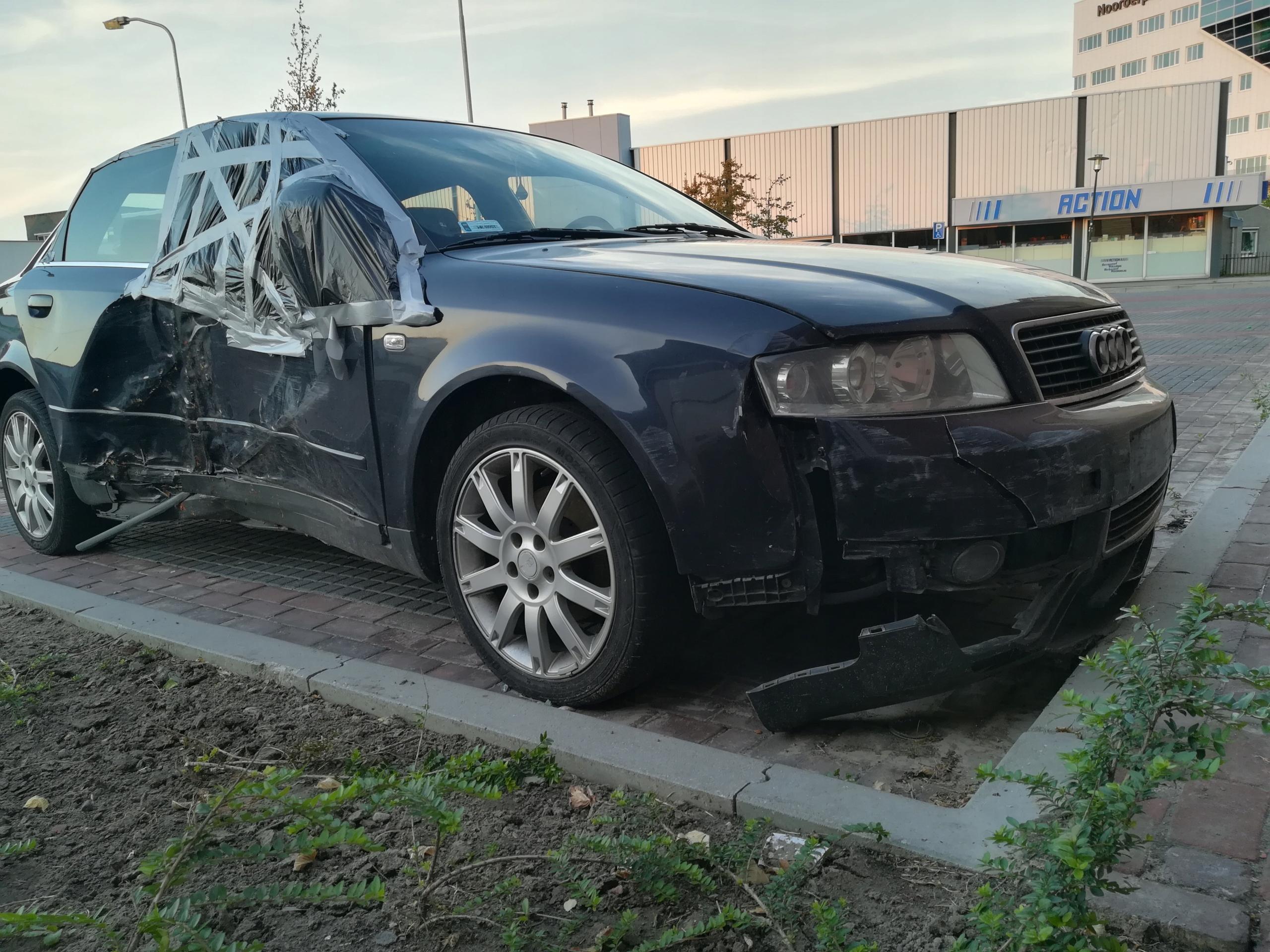 Audi A4 B6 2002 19tdi 130km Rozbite 7488123500 Oficjalne