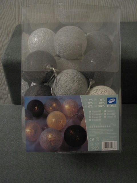 Cotton Balls Lampki Dekoracyjne Pepco 7499009189