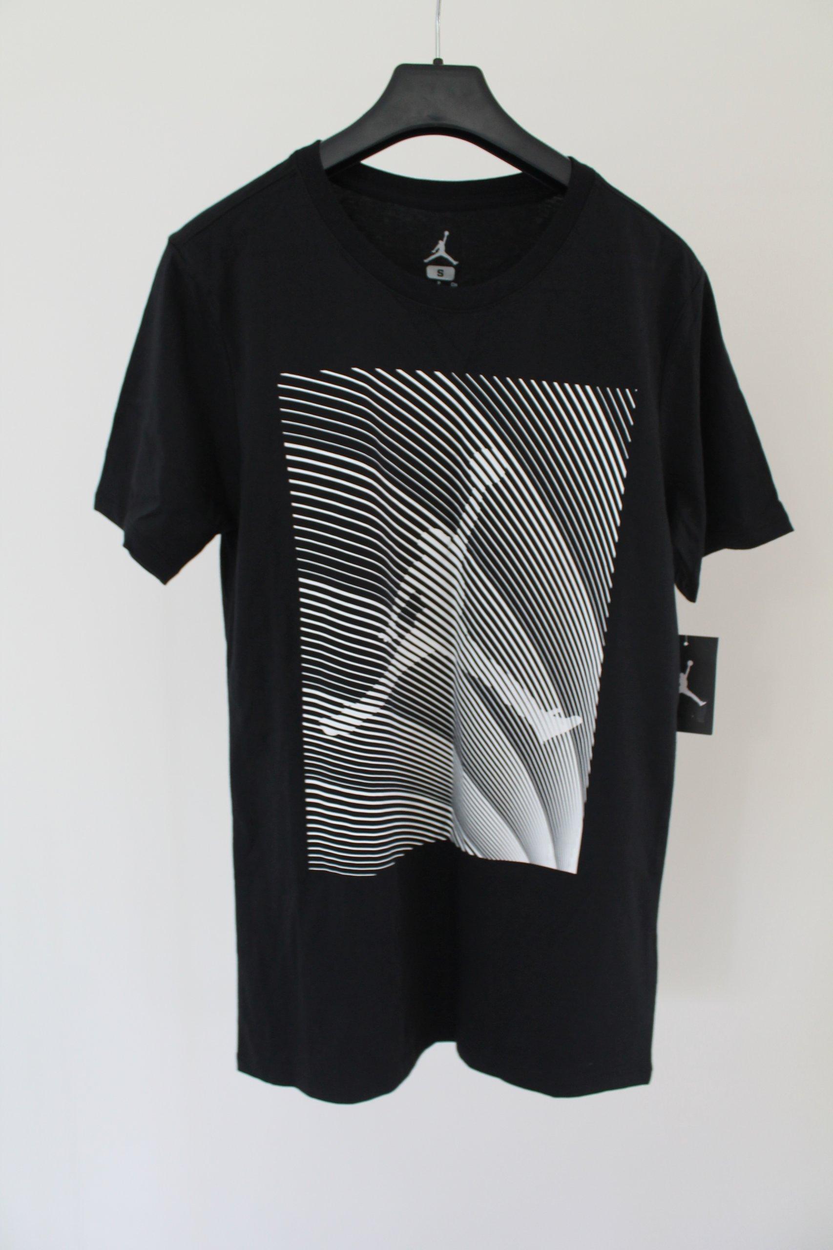 Jordan Latające Sny Tee Nowy mężczyzna T-Shirt S