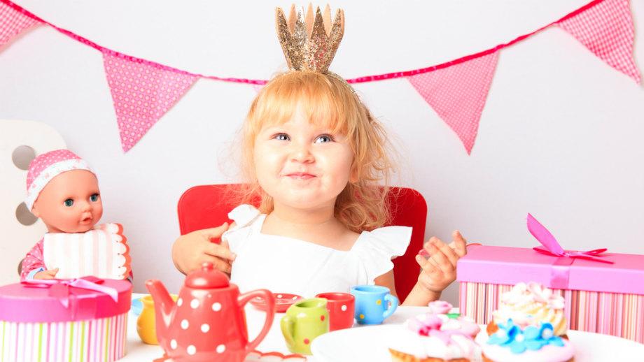 10 trafionych prezentów na roczek dla dziewczynki