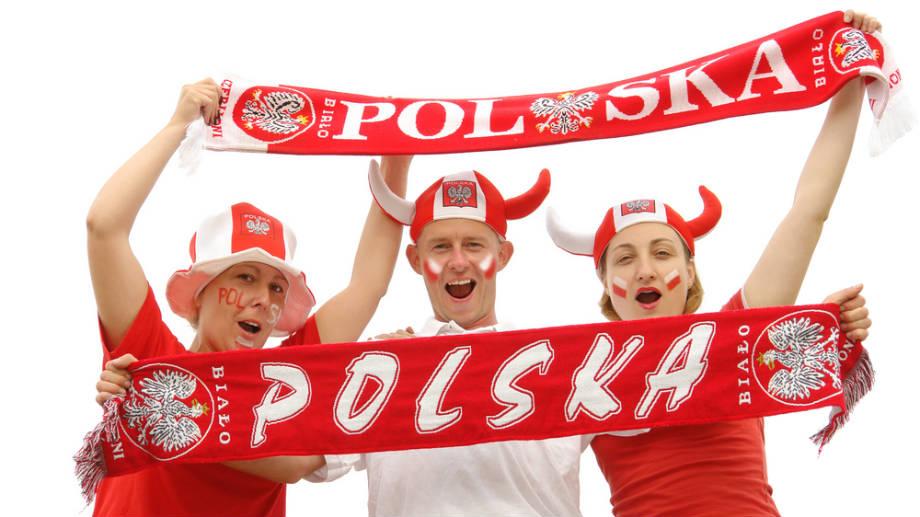 427affa1e Gadżety na Euro 2016, czyli obowiązkowy zestaw każdego kibica ...