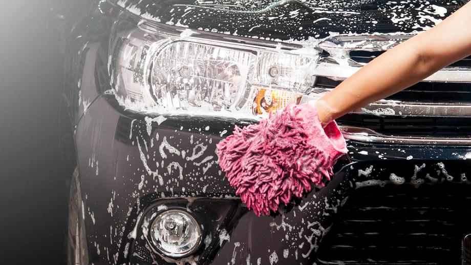 Najlepsze gąbki do mycia karoserii auta