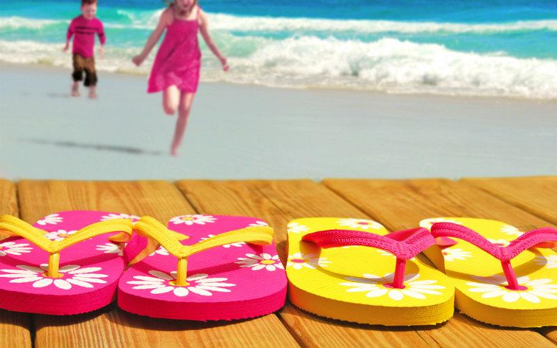 Sandały i klapki plażowe – propozycje dla dziewczynki na SS17