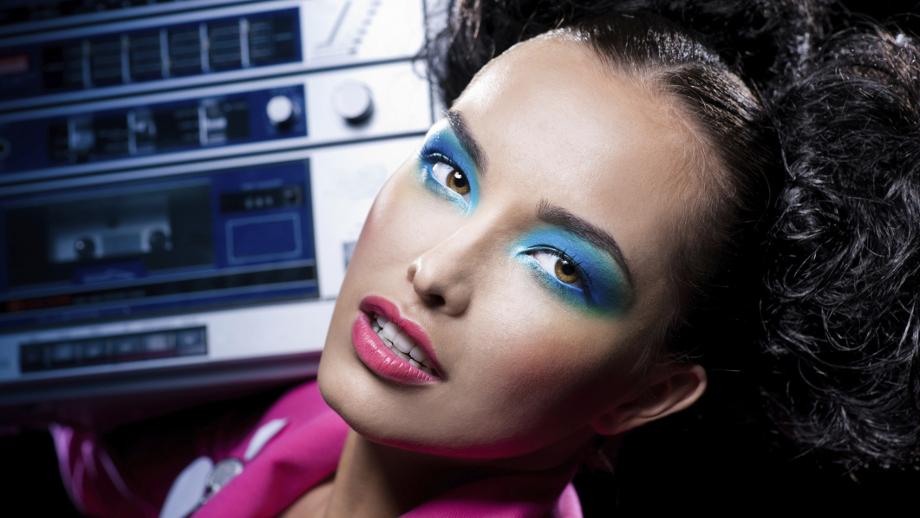Makijaż Karnawałowy W Stylu Lat 80 Allegropl
