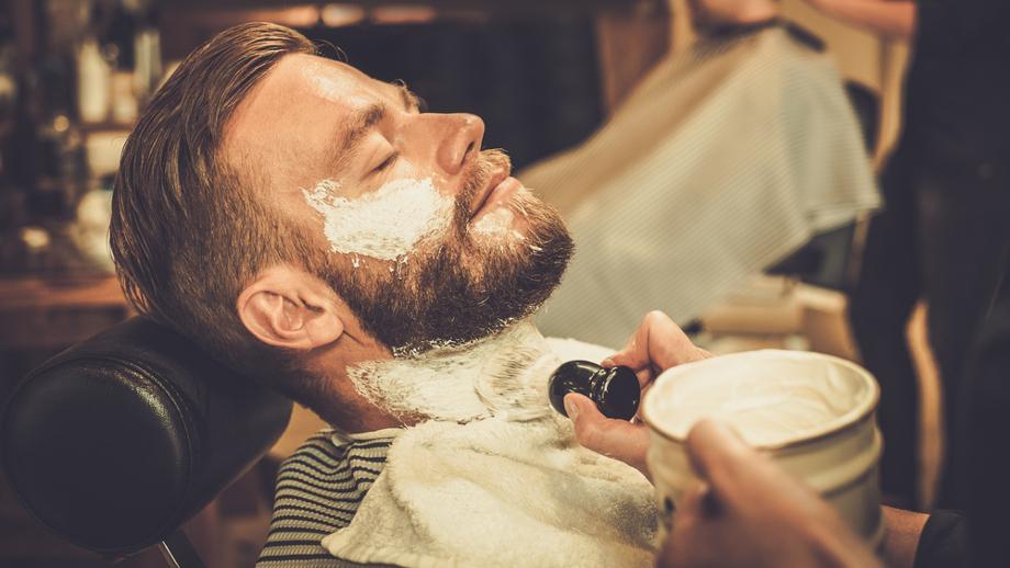Pianka czy mydełko do golenia?