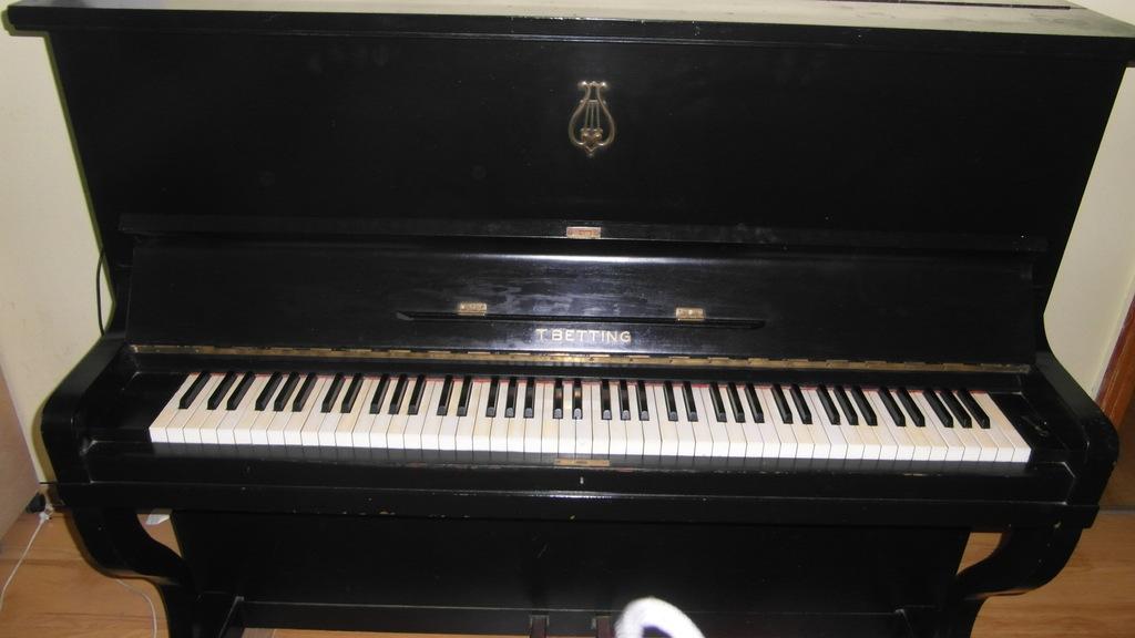 t betting pianinos