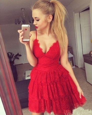 Lou. Czerwona koronkowa sukienka Mila