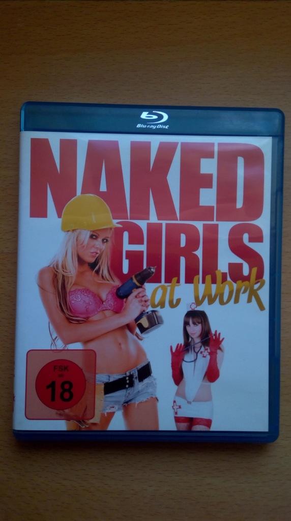 Nakwed girls