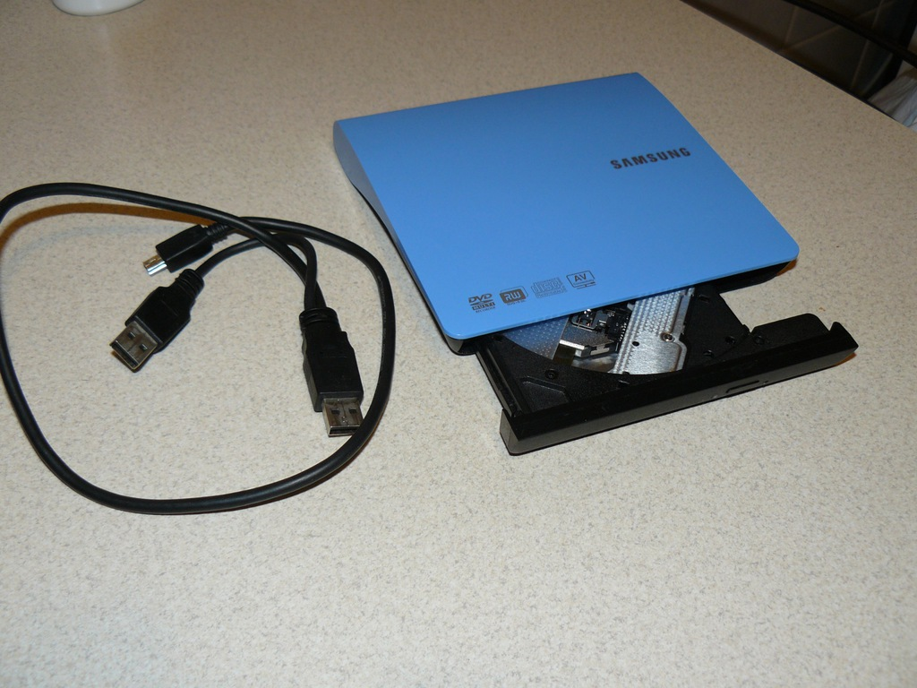 Zewnętrzna nagrywarka DVD Samsung SE-208