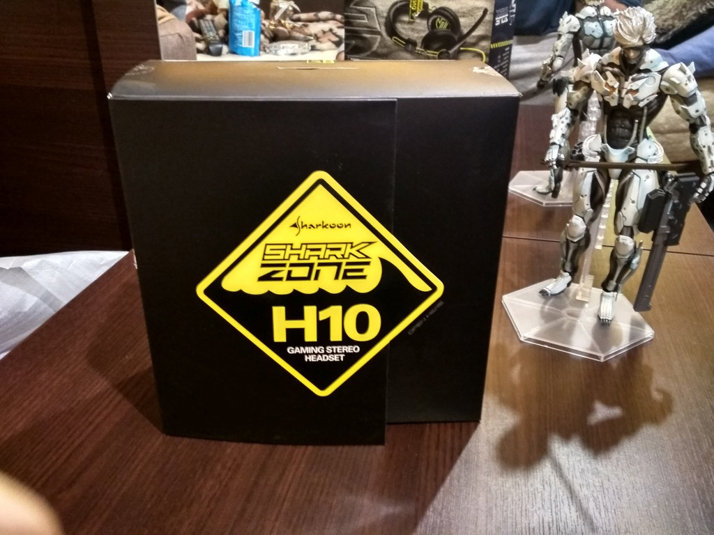 Shark Zone H10