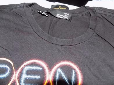 43dd661567e05 Love Moschino, koszulka męska . Stan b dobry . Rozmiar z metki M. Przed  zakupem proszę o zapoznanie się z wymiarami dokonanymi na płasko bez  rozciągania.