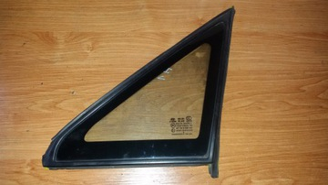 стекло боковая hyundai h1 starex libero - фото