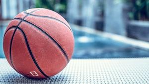 1b6d6ab3e Uniwersalne piłki do kosza: indoor i outdoor w jednym