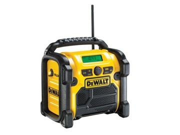 DCR019 DeWALT AM FM AUX XR Li-Ion rádio na stavenisku