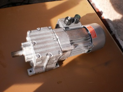 motoreduktor 25 obr silnik elektryczny 0,3 kw hamu