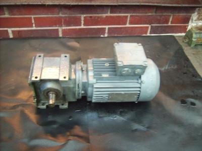 silnik elektryczny 0.6 kw motoreduktor 180 obr