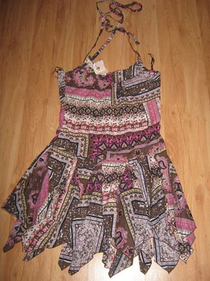 WYPRZEDAŻ-Nowa Sukienka elegancka duży rozm.42
