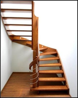 ADMAR лестница из ясеня  **