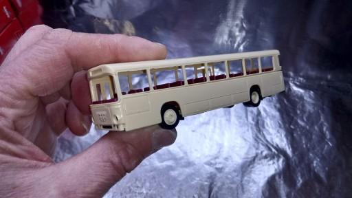 Herpa 013246 Bus Kit MAN Bussing SU 210 bus, ivory