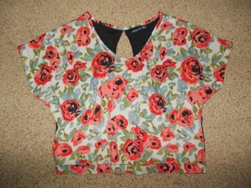 Bluzka crop top krótka w kwiaty Atmosphere 36 / 38